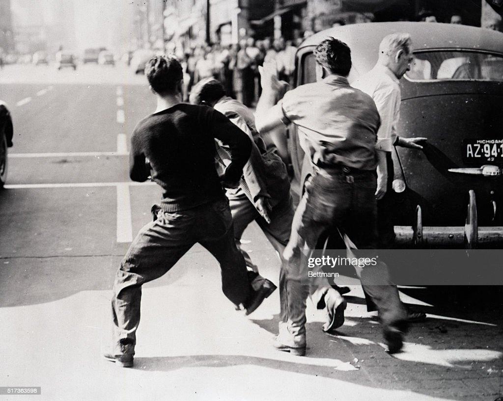 Twenty-four Die in Detroit Race Riots 1943 : News Photo