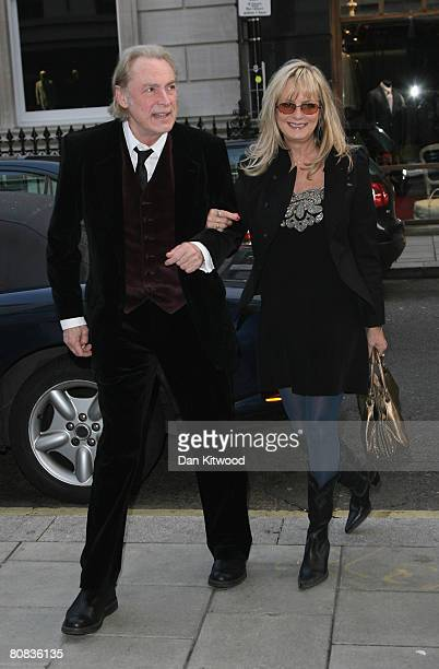 Twiggy and Leigh Lawson attend the Linda McCartney Photographs - Private View at the James Hyman Gallery on April 23, 2008 in London, England.