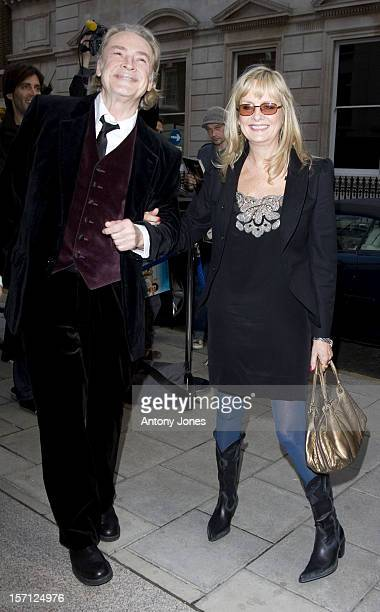 Twiggy & Leigh Lawson Attend An Exhibition Of Photographs By Linda Mccartney, Which Go On Show To Mark 10Th Anniversary Of Her Death, London..