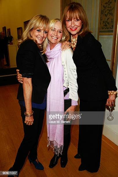 Twiggy Susan George and Sharon Maughan at the Twiggy A Life In Photographs Party at the National Portrait Gallery on September 17 2009 in London...