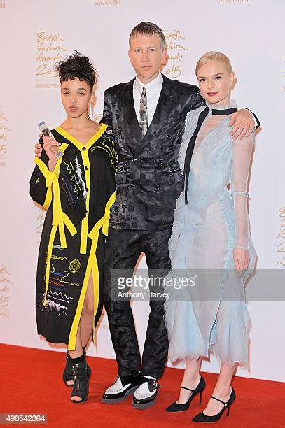 Twigs Jefferson Hack and Kate Bosworth pose in the Winners Room at the British Fashion Awards 2015 at London Coliseum on November 23 2015 in London...
