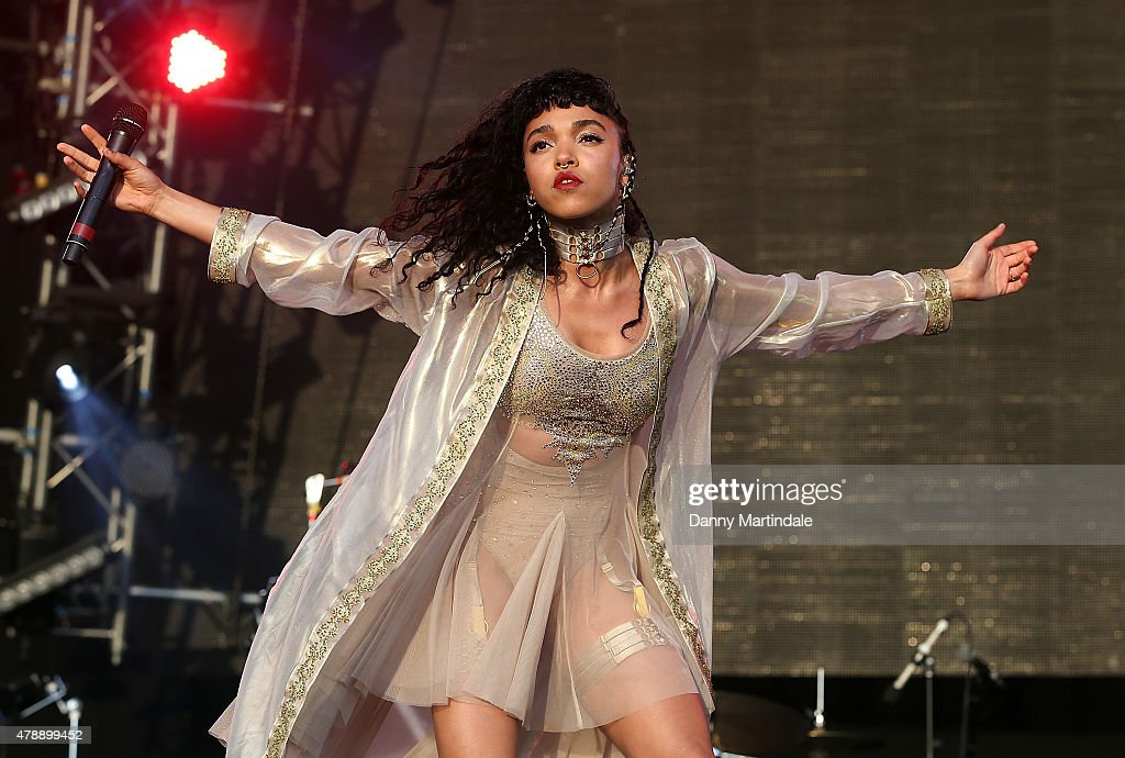 Twigs performs at the Glastonbury Festival at Worthy Farm, Pilton on June 28, 2015 in Glastonbury, England.