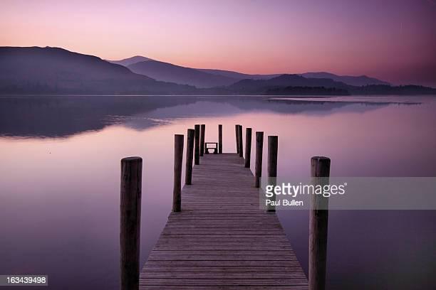 twilight at ashness - derwent water - fotografias e filmes do acervo