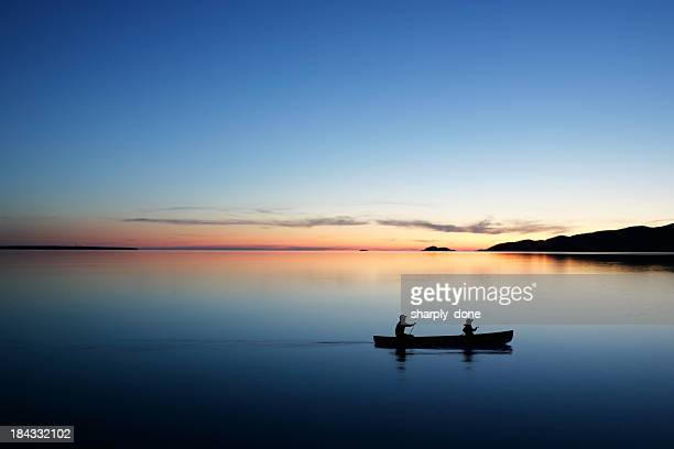 xl twilight canoeing - lake stock pictures, royalty-free photos & images