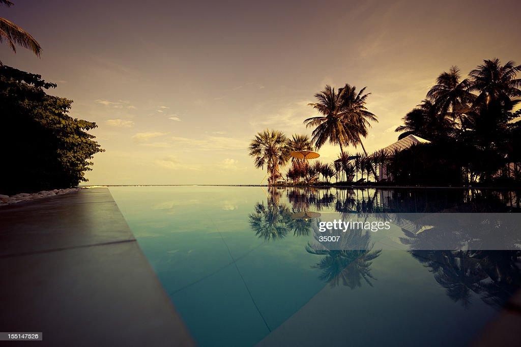 Crepúsculo no paraíso : Foto de stock
