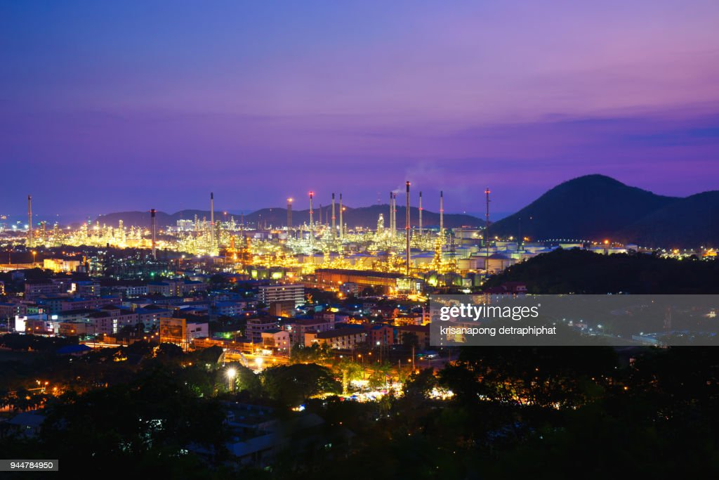 Twilight of oil refinery plant.,city scape,landscapes : Stock Photo