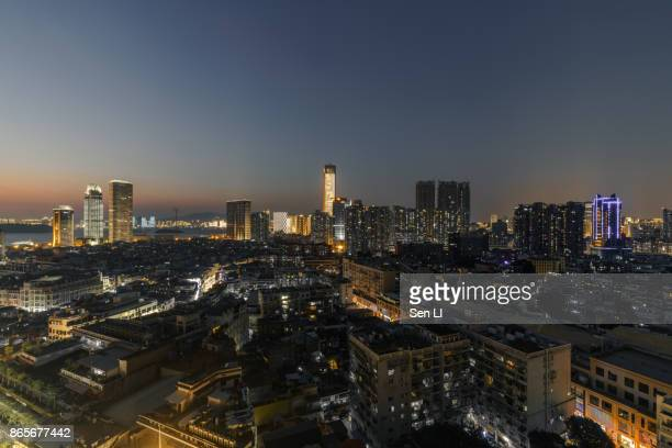 twilight of xiamen downtown, zhongshan road - zhongshan stock-fotos und bilder