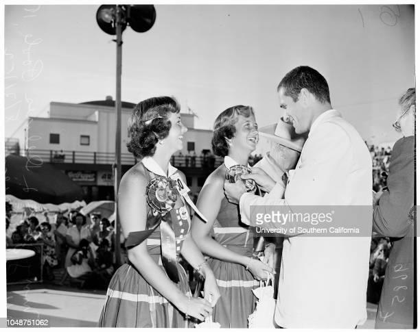 Twin Contest at Huntington Beach 31 August 1952 Janice Anderson 15 yearsJoanne Anderson 15 years Teresa Mathews 4 yearsJeanette Mathews 4 yearsSheri...