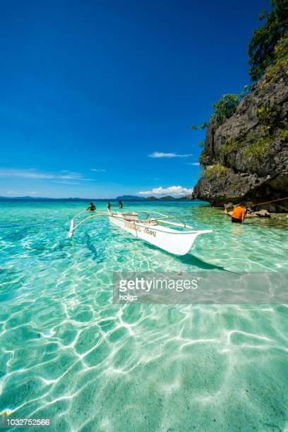 twin lagoon in coron, palawan, philippines - palawan island stock pictures, royalty-free photos & images