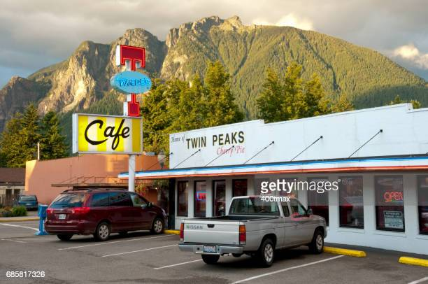 twin peaks cafe - twin peaks television series stock photos and pictures