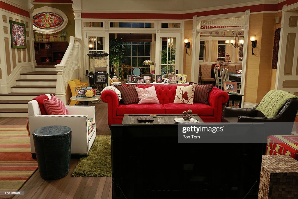 Maddie Twin A Rooney Twin Sisters Liv And Maddie