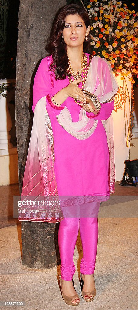 Twinkle Khanna at Imran Khan and Avantika Malik`s wedding reception party which was organised by Aamir Khan and Kiran Rao at Taj Lands End in Bandra..