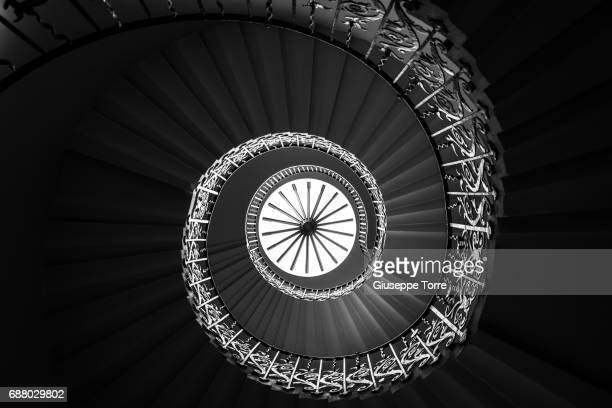 twist - greenwich london stock pictures, royalty-free photos & images