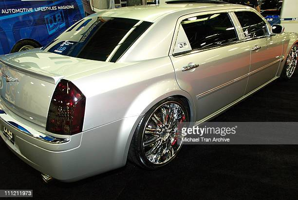 Twista S Dub Edition Chrysler 300 Stretched During California International Auto Show At Anaheim Convention