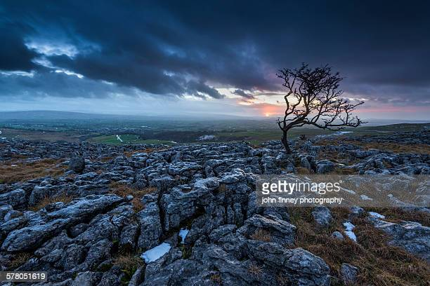 twistleton scar vista sunset, yorkshire dales, uk. - scar stock photos and pictures
