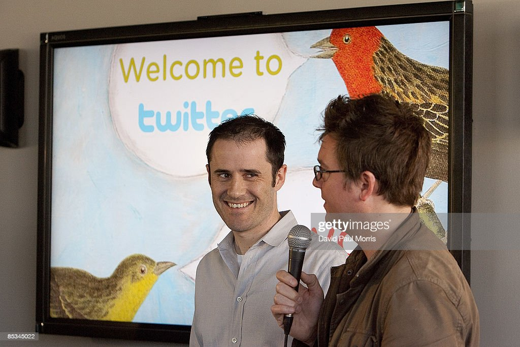 Twitter CEO Evan Williams Meets With Mayor Newsom At Company's Headquarters : News Photo
