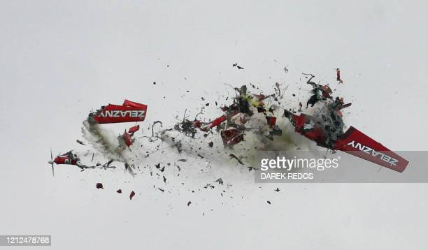 """Two airplanes from the the Polish flying acrobatic team """"Zelazny"""" collide during an air show in Radom, 100 km from Warsaw, 01 September 2007. AFP..."""