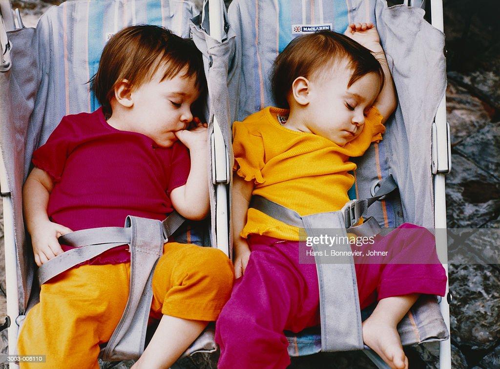 Two Babies Sleeping : Stock-Foto