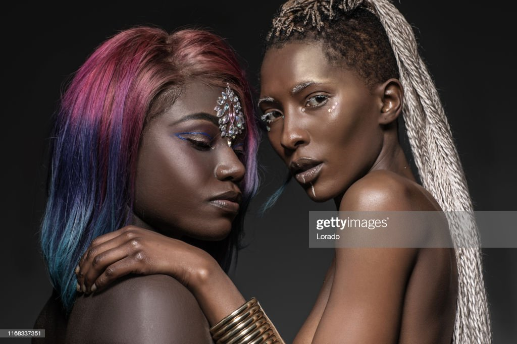 Tawny und April schöne schwarze Frauen Bilder