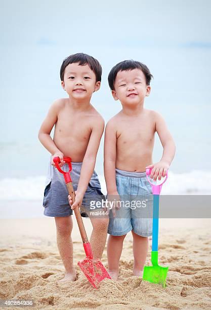Zwei Brüder im Meer