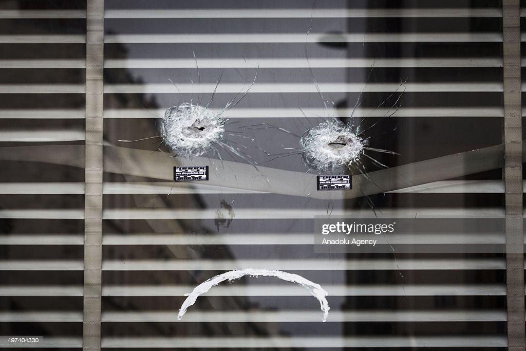 Paris attacks aftermath : News Photo