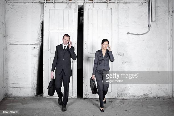 Zwei anstrengenden business Personen