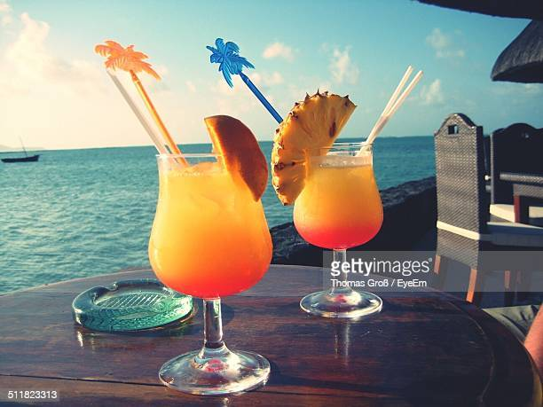 Two cocktails on the seaside