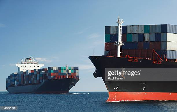 two container ships - good condition stock pictures, royalty-free photos & images