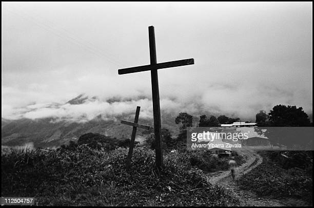 Two crucifixes along the road between the communities of El Naranjo and Remolino de Abajo, near the Tapilla River. Over the past month this area has...