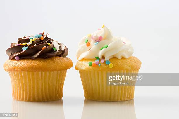 Two cup cakes