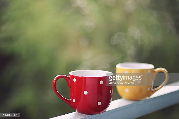 two cups of steaming hot coffee - alexandra pavlova stock pictures, royalty-free photos & images