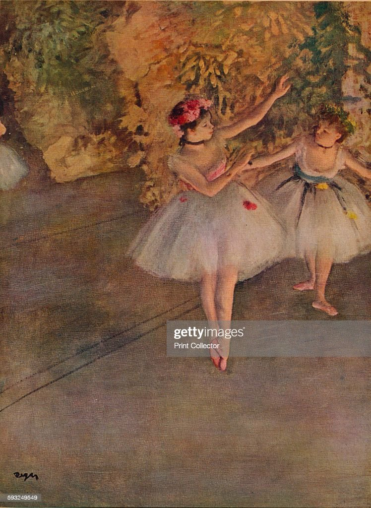 Two Dancers on Stage1874 : News Photo