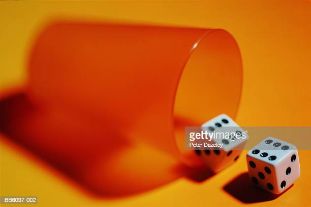 356 Pair Of Dice Photos And Premium High Res Pictures Getty Images