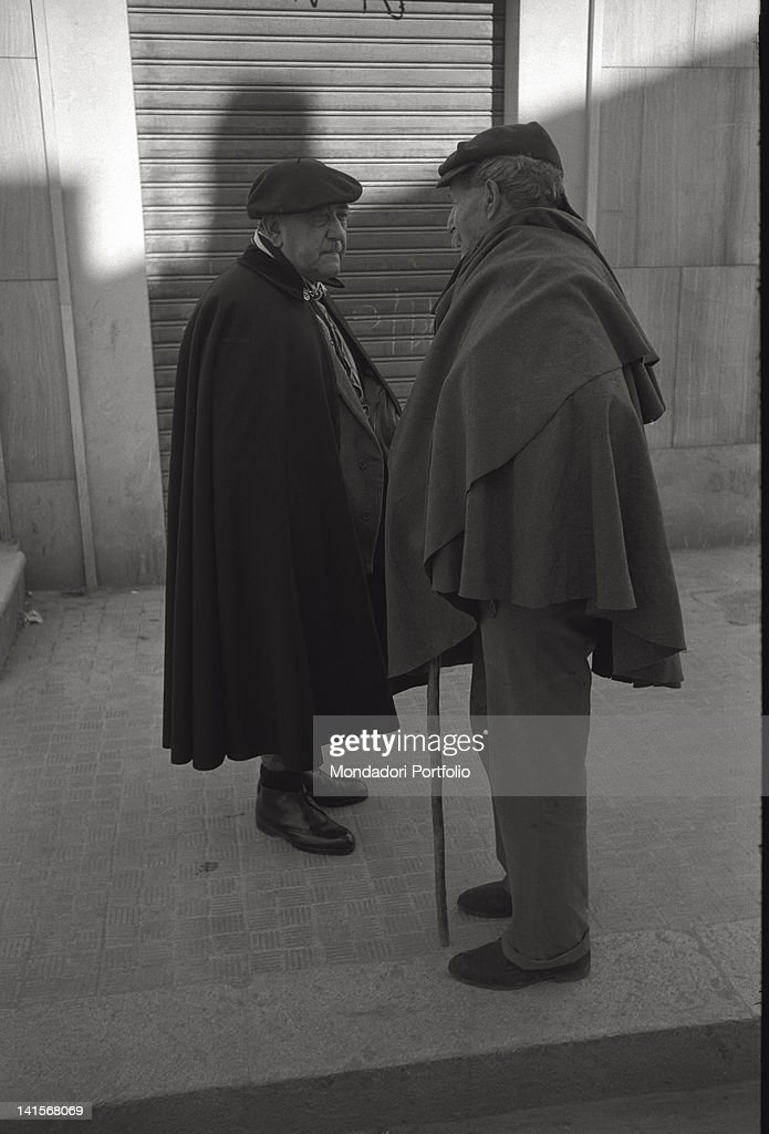 Two Men In Cloaks : News Photo