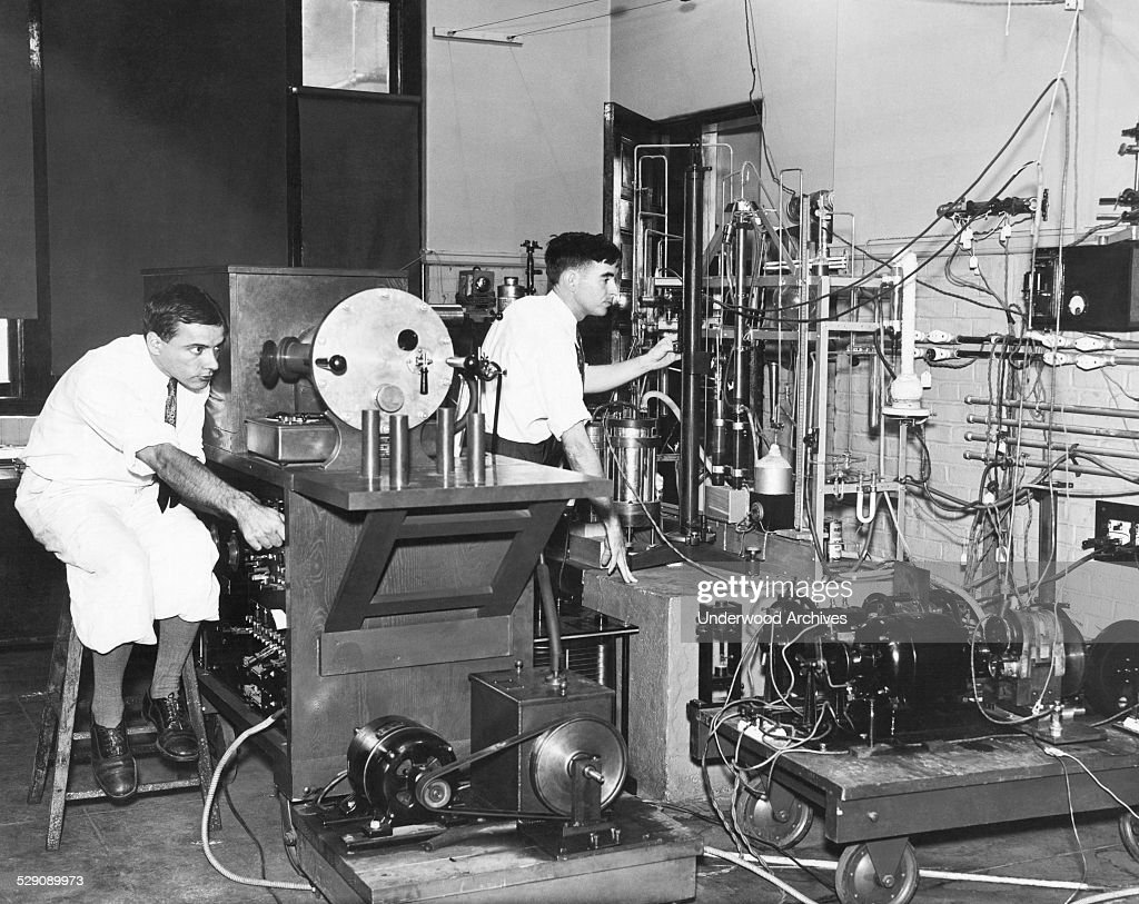 Scientists Test Auto Ignition : News Photo