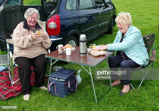 Two friends share a picnic during the Duncombe Park Country Fair on May 28 2018 in Helmsley England Set in the grounds of one of Yorkshire's most...