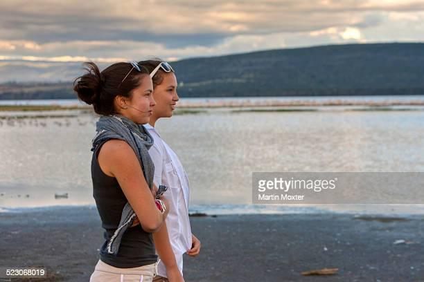 two girls, about 13 and 18 years, looking on lake nakuru, lake nakuru national park, kenya, east africa, africa, publicground - lake nakuru - fotografias e filmes do acervo