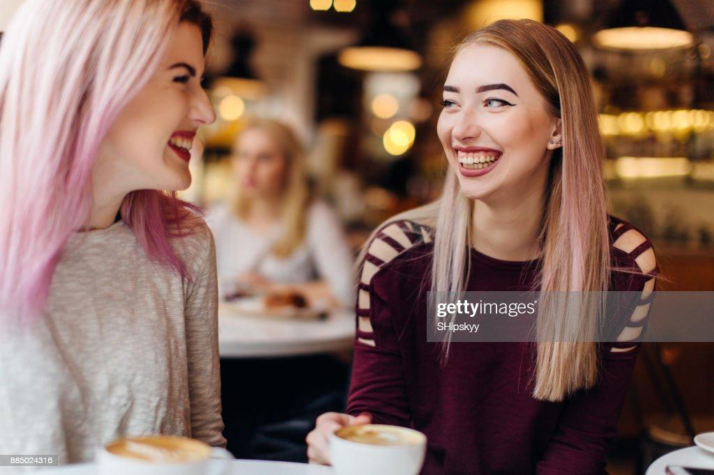 Konversation mit einem Mädchen