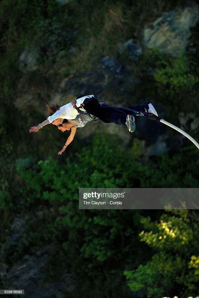 Extreme Bungee Jumping in New Zealand - Extreme Sports News