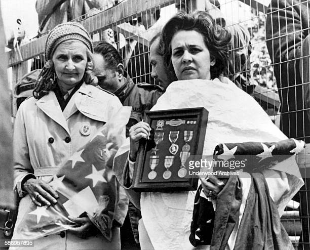 Evelyn Savage Stock Photos and Pictures | Getty Images