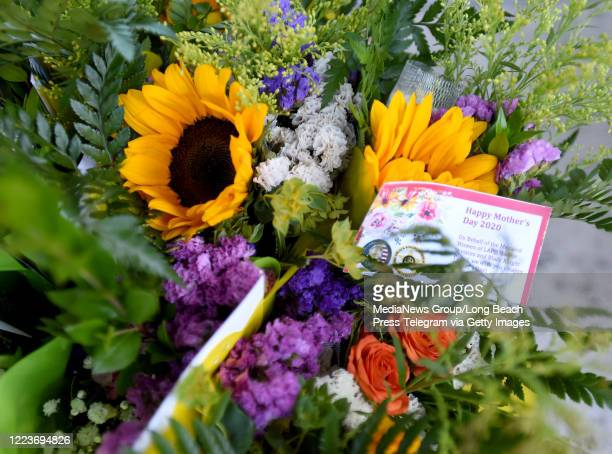 Two hundred women received a flower delivery on behalf of the men and women of the LAPD Harbor Division and Black Knight Patrol in San Pedro on...