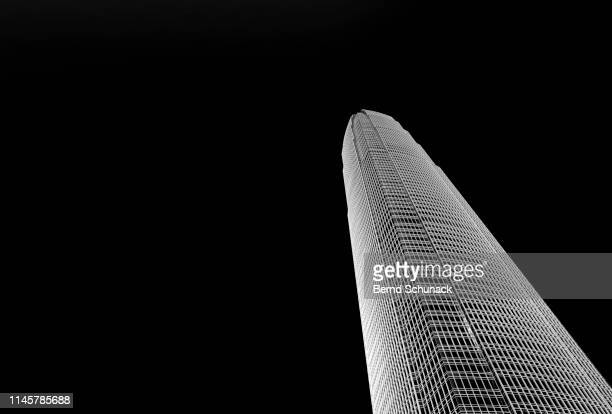 two ifc in cental hong kong - bernd schunack stock pictures, royalty-free photos & images
