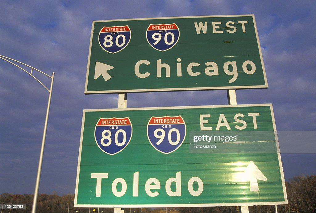 Two interstate signs for Chicago and Toledo : Stock Photo