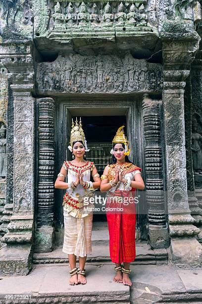 two khmer apsara dancers, angkor wat, cambodia - apsara stock photos and pictures