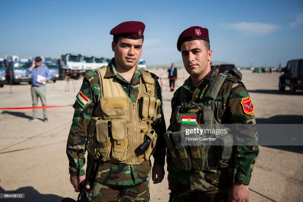 Kurdish soldiers : News Photo