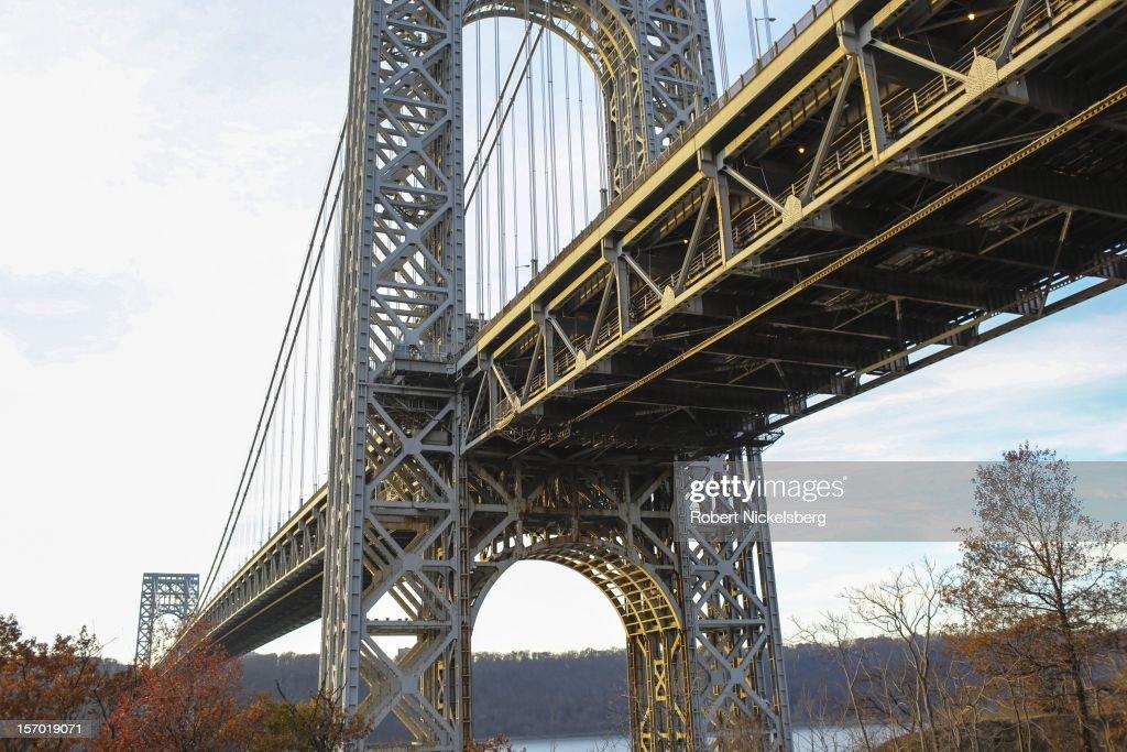 George Washington Bridge : News Photo