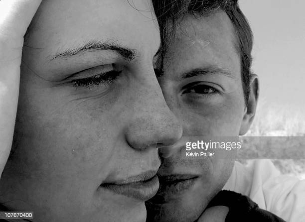 two lovers on a french beach - coppia eterosessuale foto e immagini stock