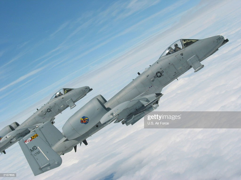 National Guard A10'S In Flight : News Photo