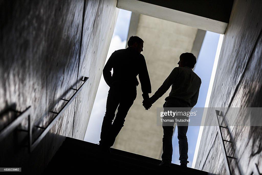 Gay Couple : ニュース写真
