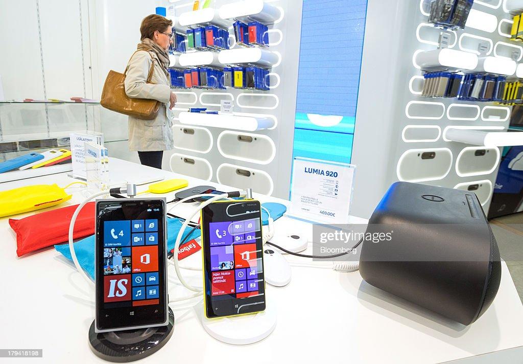 Microsoft To Buy Nokia's Handset Business For $7.2 Billion : News Photo
